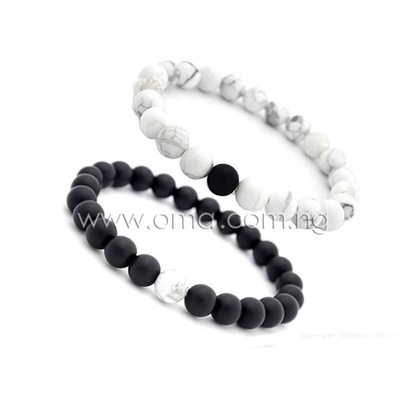 2ps Matte black onyx  and White howlite 8mm Beaded stretch Distance Bracelet for couples.